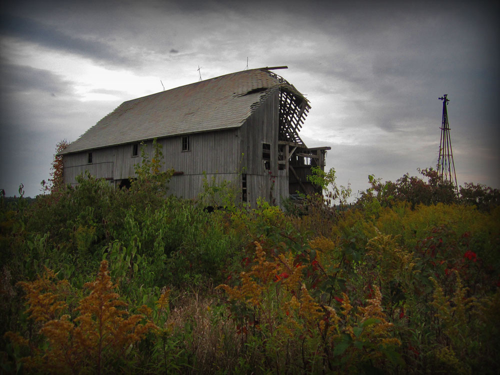 This barn is the only structure still standing on what was once the Mongoloid House property on Marseilles Galion Road.